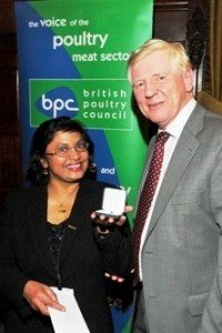 Chamari Palliyeguru and Lord Davies, Parliamentary Under Secretary of State of the Department for Environment, Food and Rural Affairs